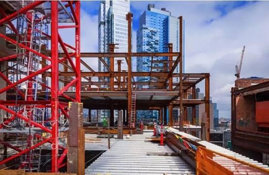 美国移民历史项目追踪:铁狮门布鲁克林梅西A级办公大楼进展顺利